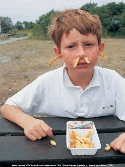 Ronald Hammega (1948) -De patat komt m'n neus en oren uit / fries / frites / friet- plakaten